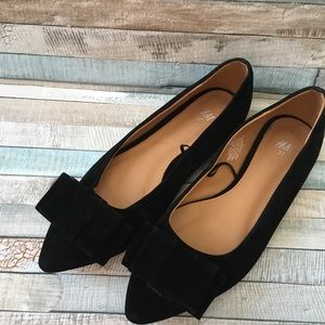 Black Velvet Bow Pointed Flats